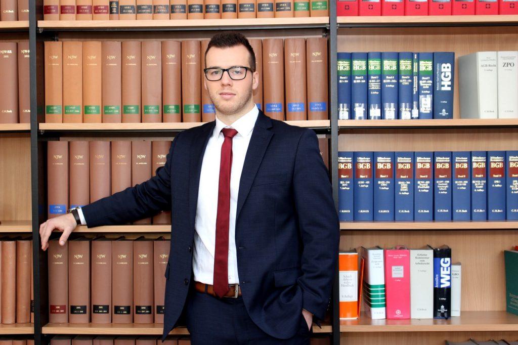 Rechtsanwalt kennenlernen